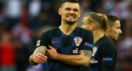 Fans hammer Lovren for display v England