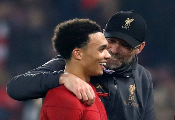 Liverpool fans react to Alexander-Arnold injury