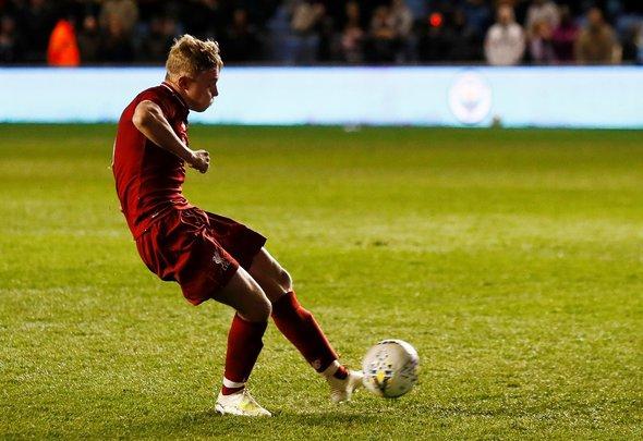 Liverpool fans react to Glatzel extension