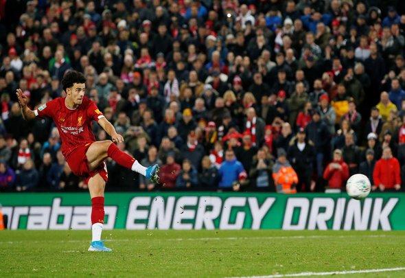 Liverpool fans love Jones pic with Klopp