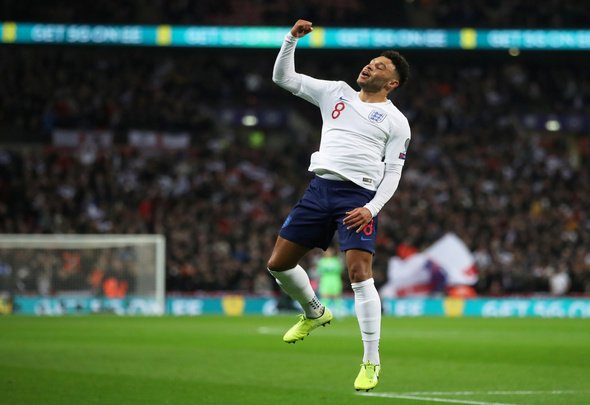 Fans react to Oxlade-Chamberlain display for England